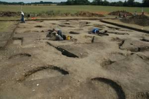 Iron Age pits TR4